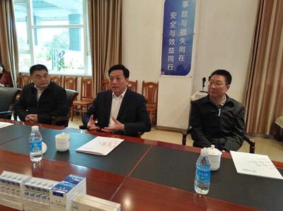 市委常委、组织部长胡文容考察钱钜娱乐党建工作